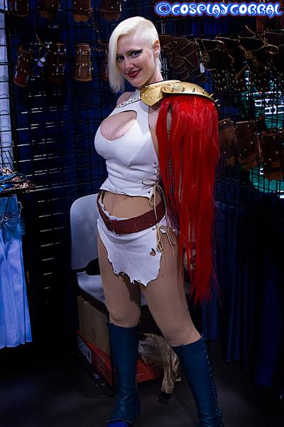 powergirl_3940